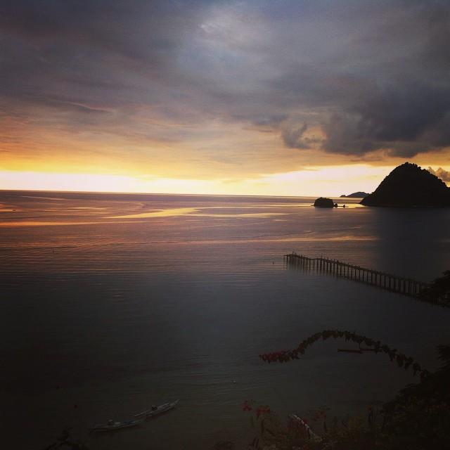 04-Labuan-Bajo-Paradise-Bar-Sonnenuntergang Labuan Bajo