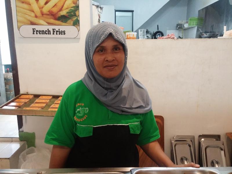 1. Warung Ijo Senggigi - ein Hoch auf die Köchin