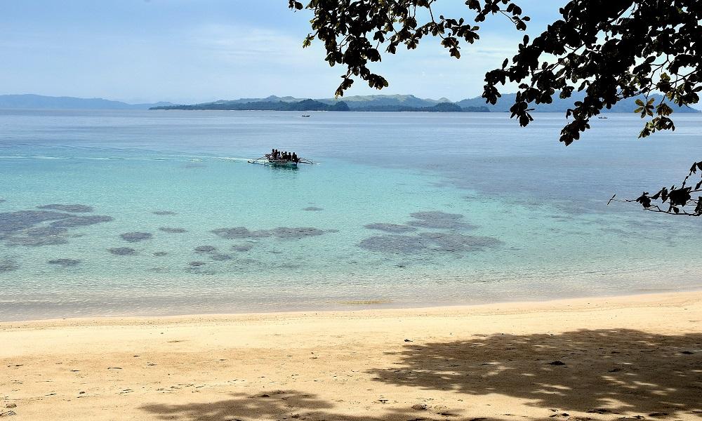19 Die Halbinsel Pulisan ist mit paradiesischen Stränden ausgestattet - hier der Longbeach