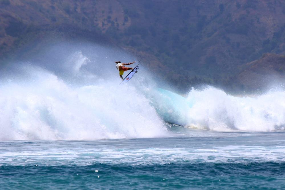 2-Kuta-Lombok-Surfen-2