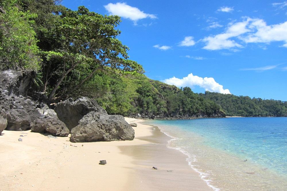 Vom Pulisan Resort einfach Richtung Kap - ein Strand schöner als der andere, hier der Longbeach