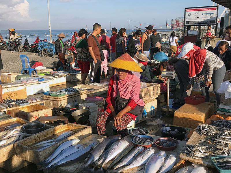 9_Jimbaran-fischmarkt-bali