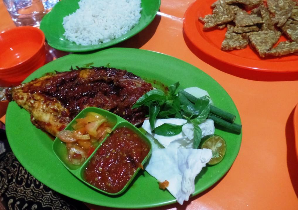 Ambon - Essen