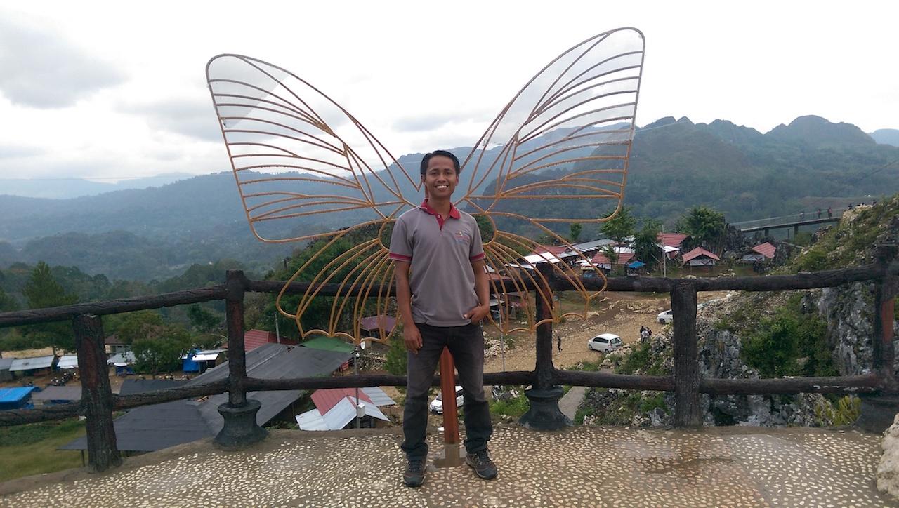 Andri Toraja Guide