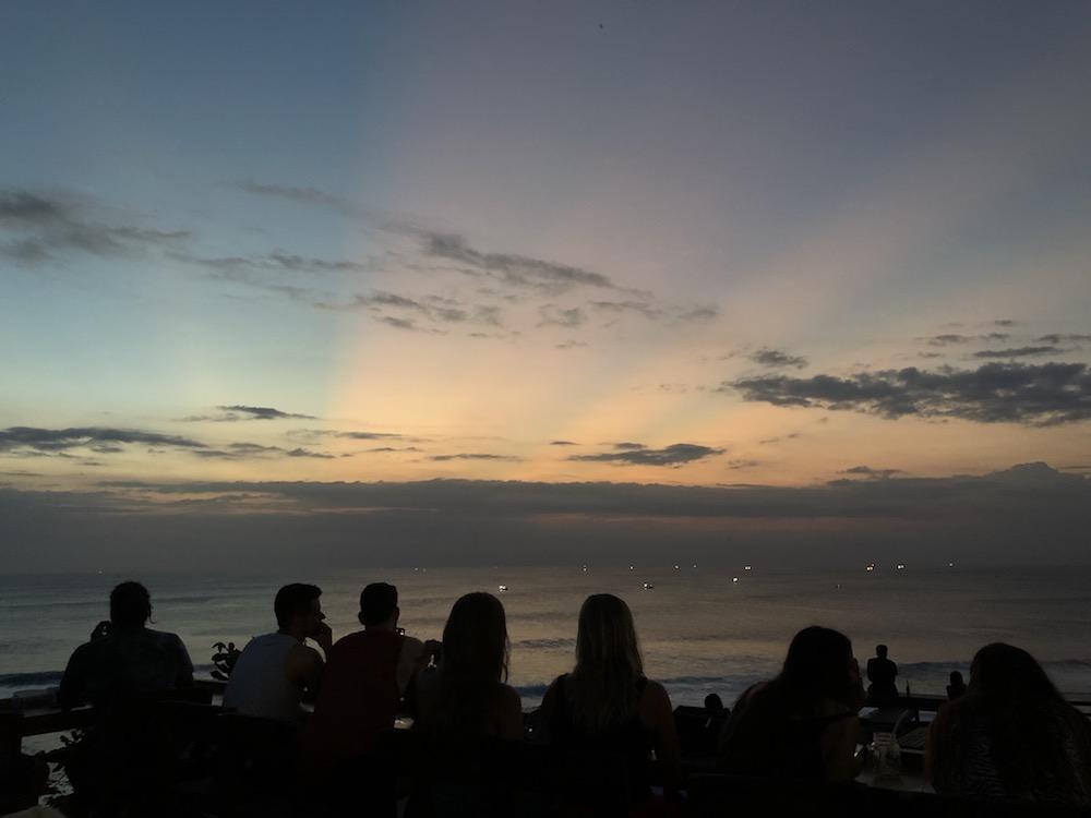 Bali Lombok Single Finns Sonnenuntergang
