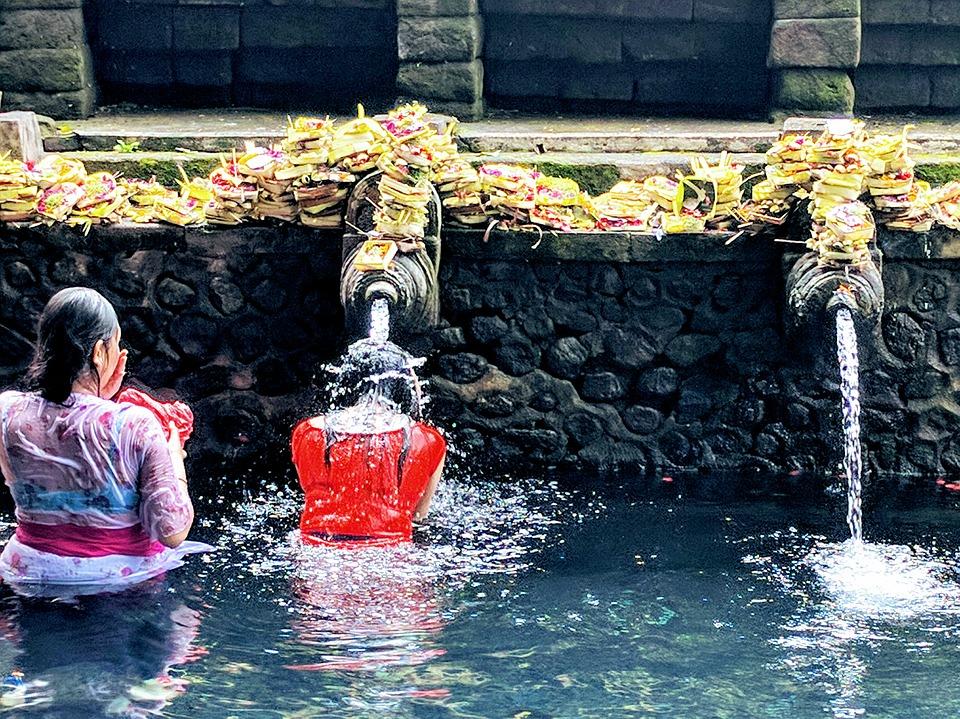 Bali-Sehenswuerdigkeiten-Tirta-Empul