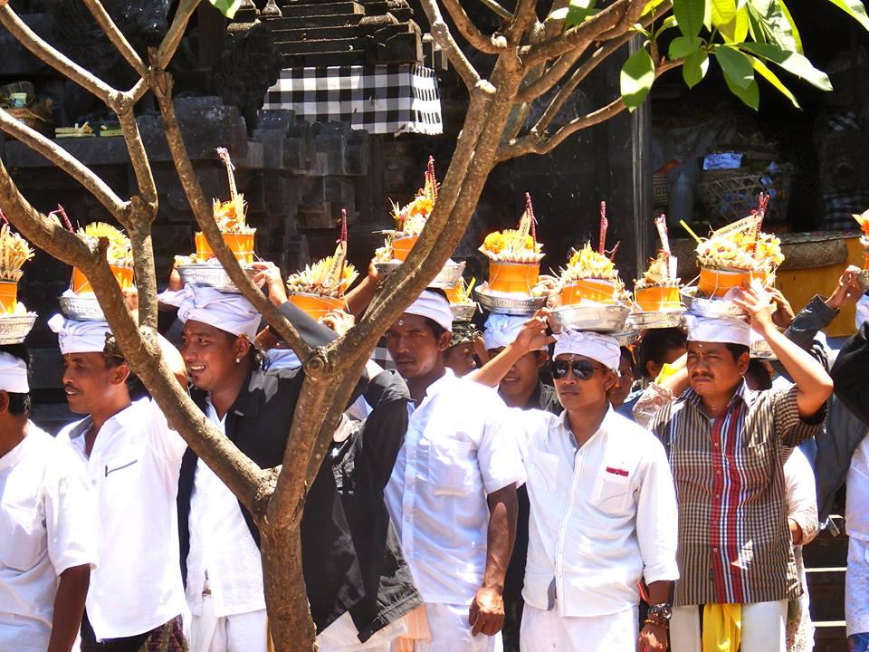 Benedikt Siegler Und noch eins aus Padang Bai, wieder vom Fledermaustempel Goa Lawah