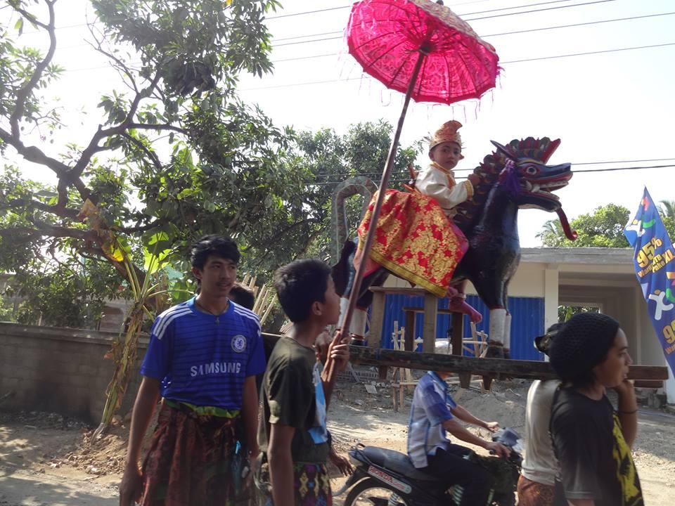 Beschneidungszeremonie Lombok - Foto Su Si