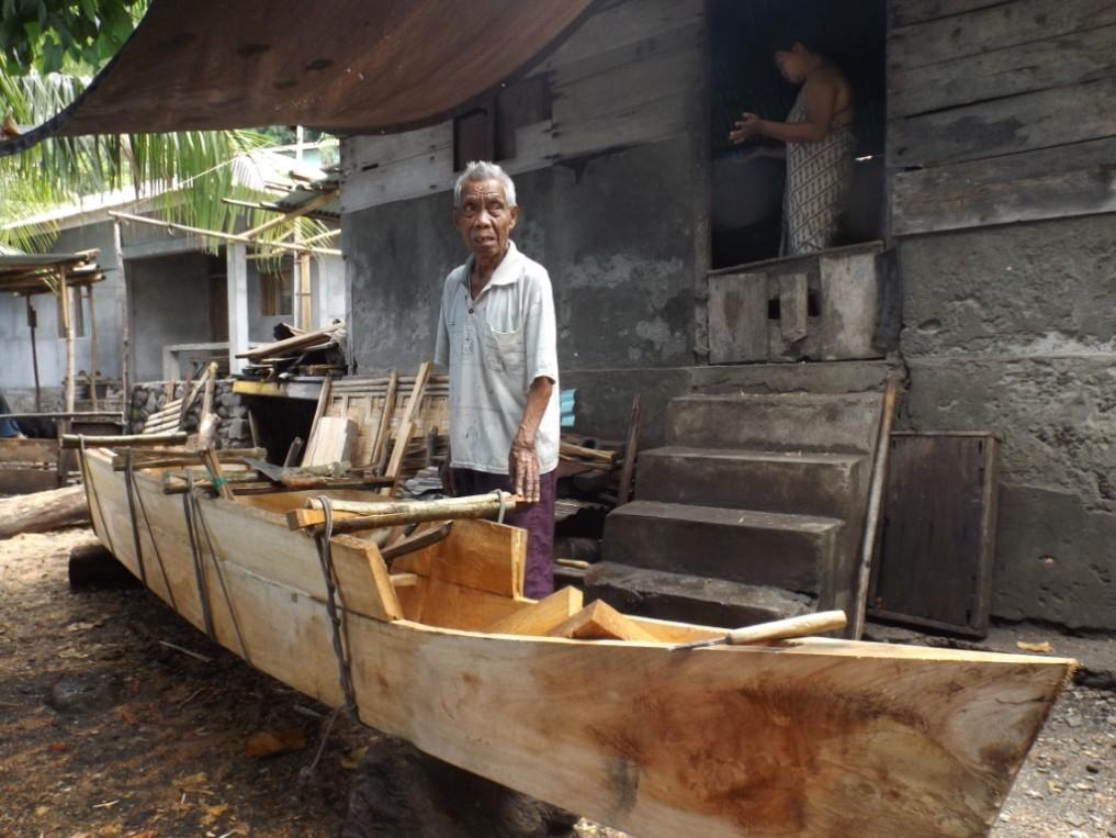 Boat_builder_Siau