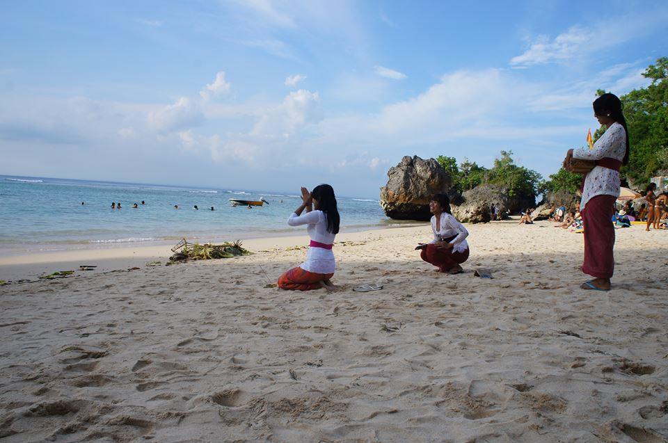 padang-padang beach ..uluwatu Bali.