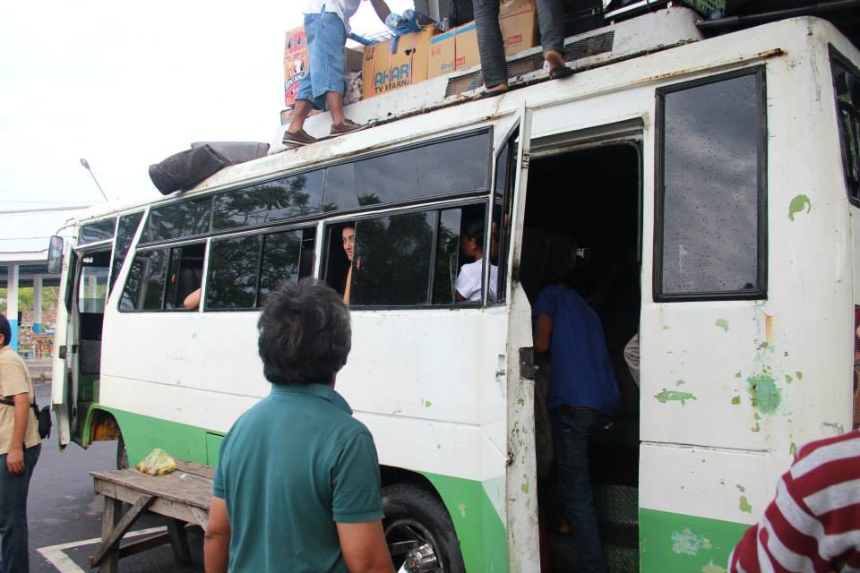 Bus Indonesien