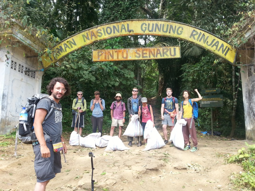Environmental awareness activities - mountain cleaning, Rinjani, Lombok