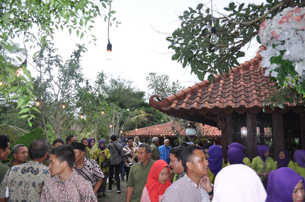 Gaeste-Hochzeit