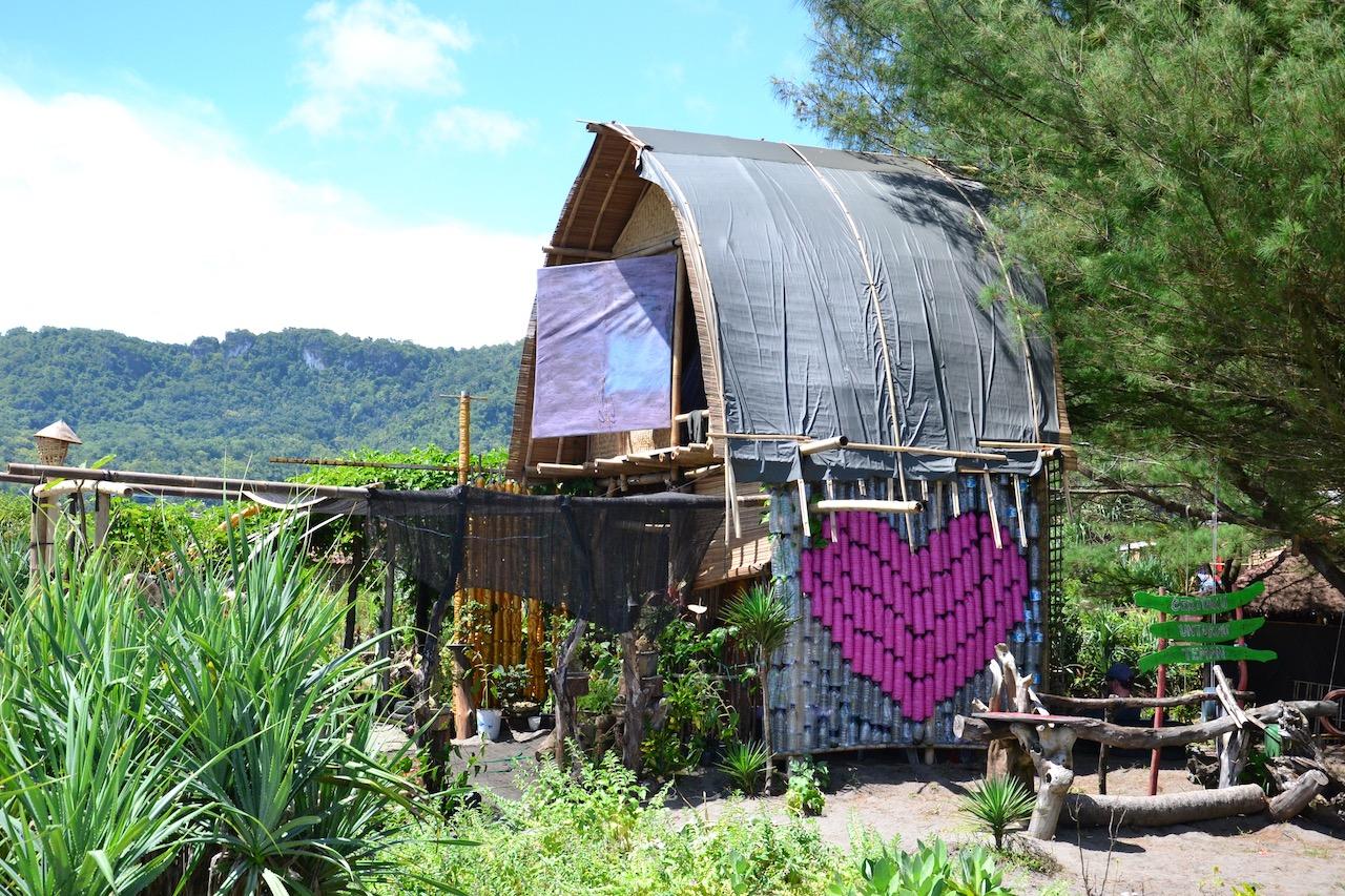 Die Hütte von Garduaction