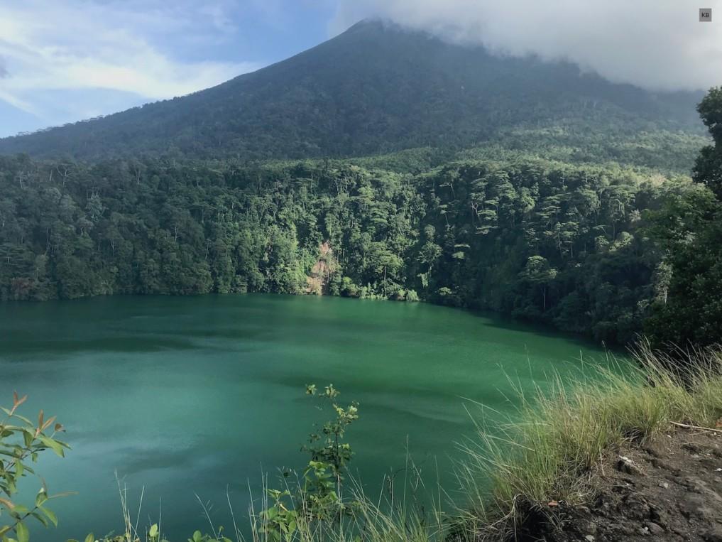 IJ_Lake Tolire Ternate