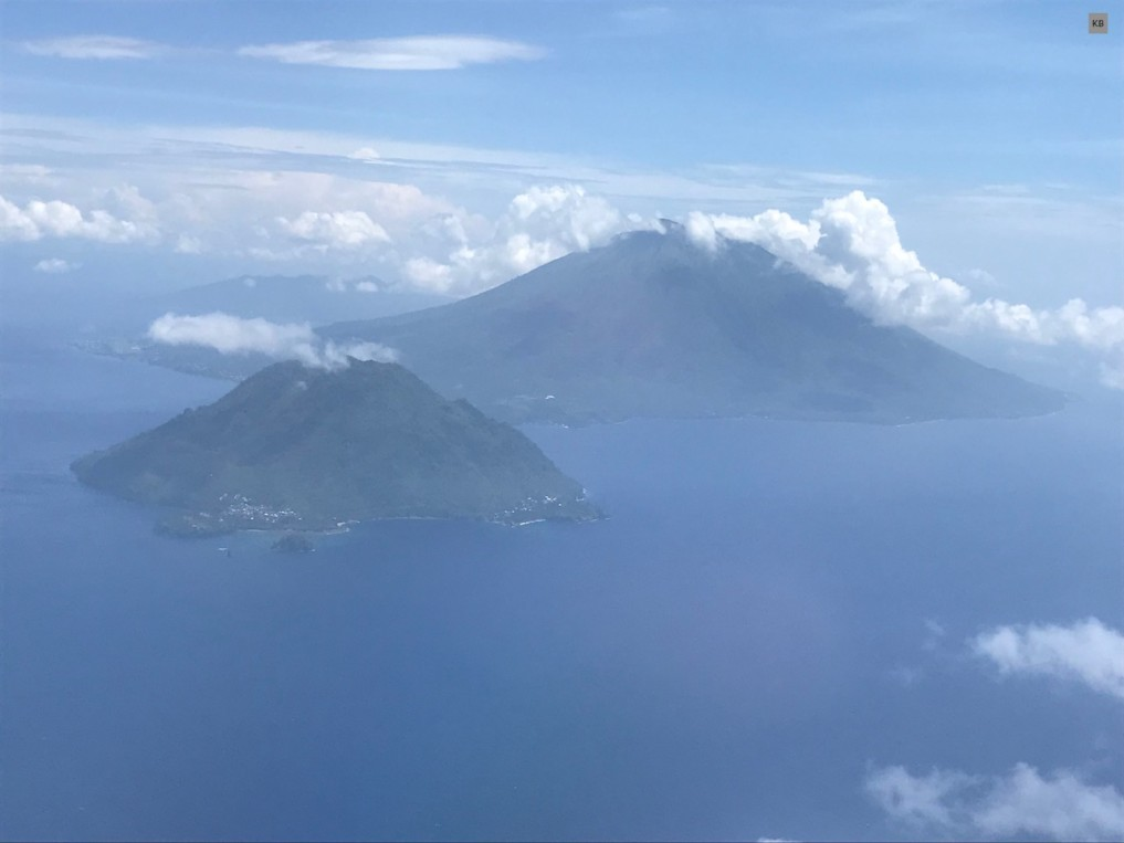 IJ_Landeanflug auf Ternate