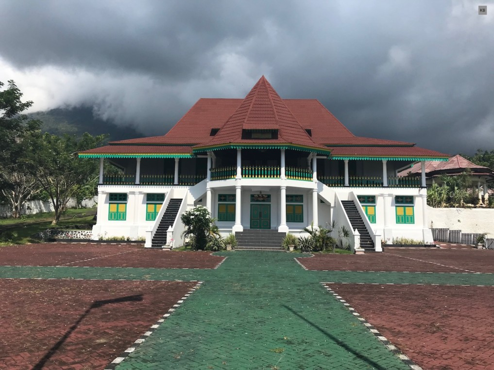 IJ_Tidore_Sultan Palace