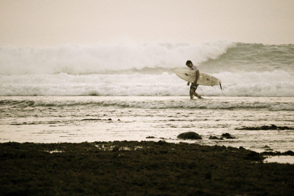 Indonesien-Surfen