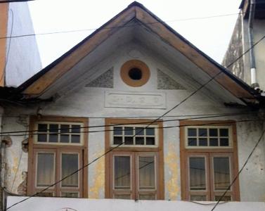 Das Haus wurde 1920 erbaut und gehoerte in den 1940er Jahren meinem Schwiegervater