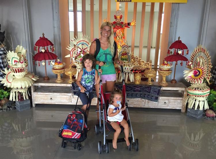 Ankunft Indonesien Fliegen mit Kindern Indonesien