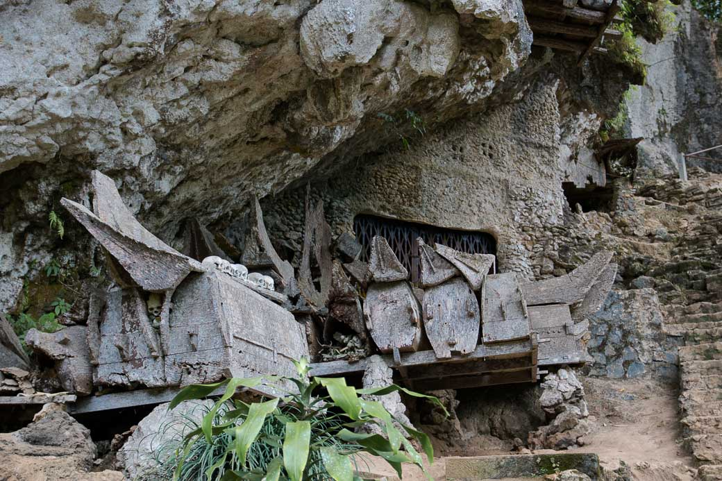 Tana-Toraja-Rantepao-Felsengraeber-Sulawesi