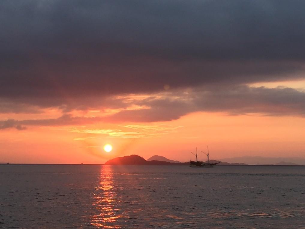 Indonesien-Highlights-Labuan-Bajo-Sunset