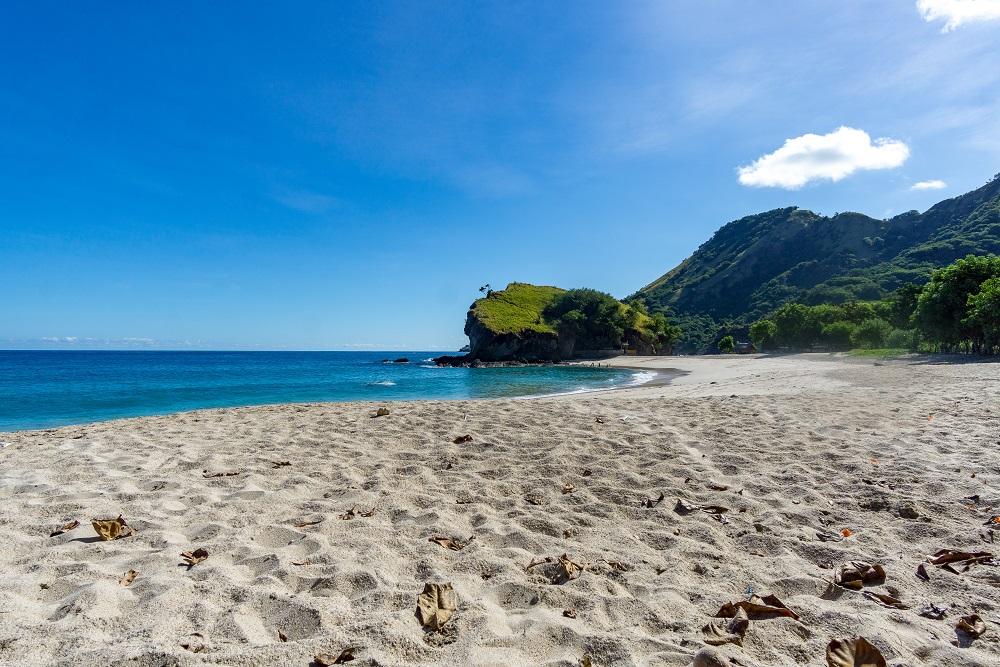 Insel Flores Koka Beach