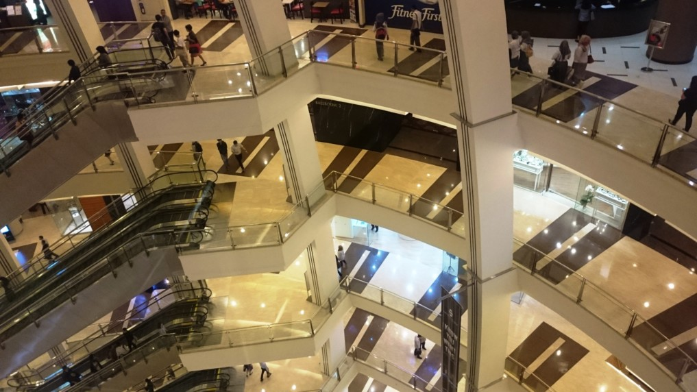 "Es darf etwas fancy sein? Dann ab in Jakartas Mall ""Pacific Palace"""