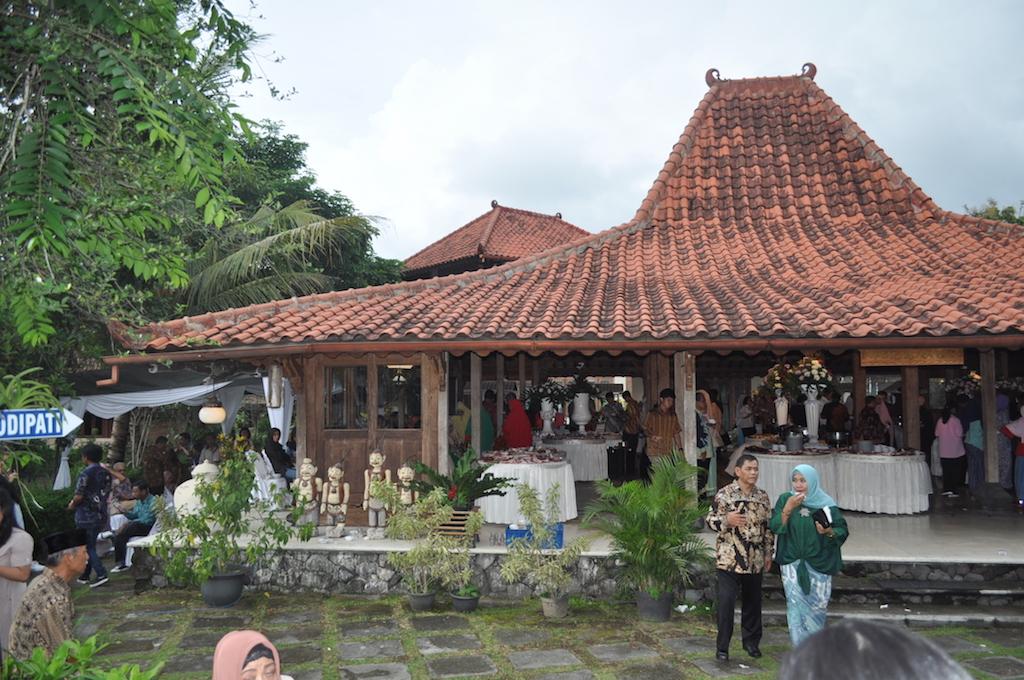Joglo-Hochzeit