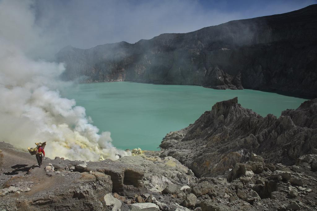Kawah-Ijen-Vulkane-Indoensien