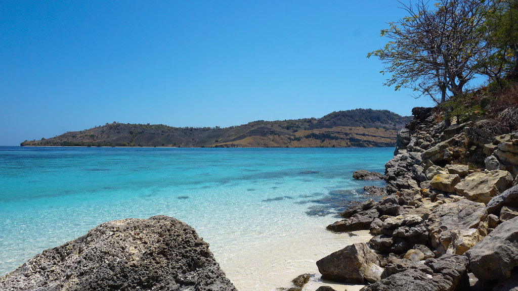 Komodo-Nationalpark-Flores-Pulau_Hatamin