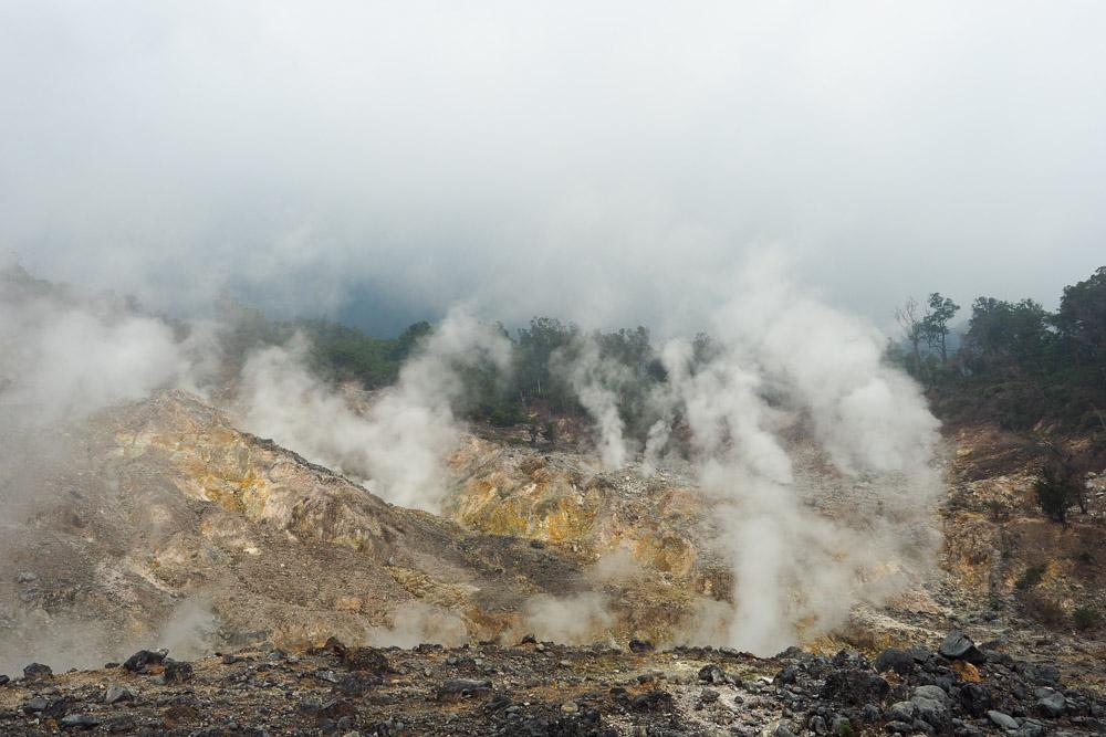 Krater-salak-vulkan
