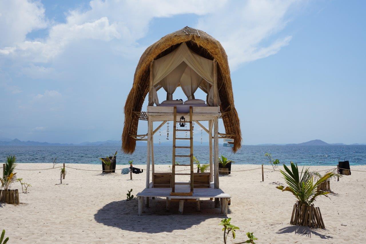Labuan-Bajo-Le_Pirate_Island