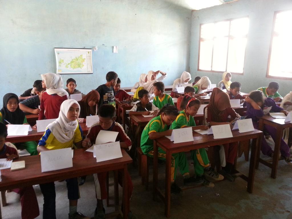 Englisch-Unterricht auf Rinca