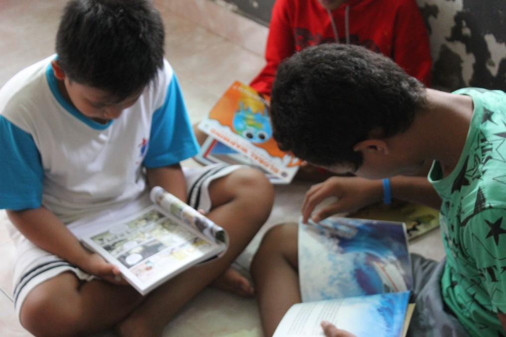 Mobile Eco-Library around several orphanages, Bali