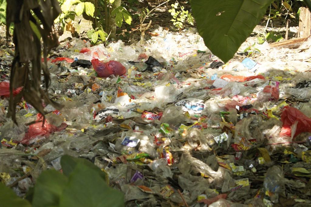 Müll in Komala
