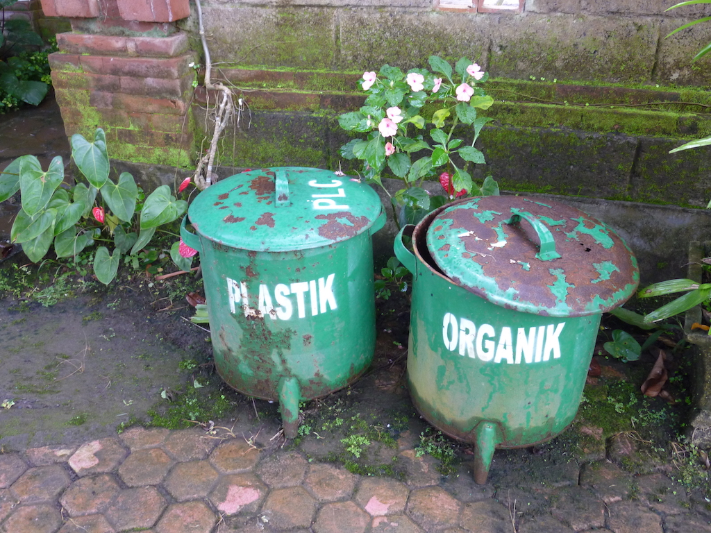 Mülltrennung auf Bali Kopie