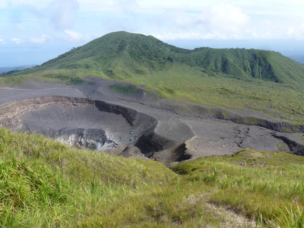 Tampaluan Krater