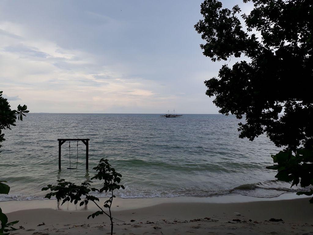 Pantai-Batu-Berahu-Belitung