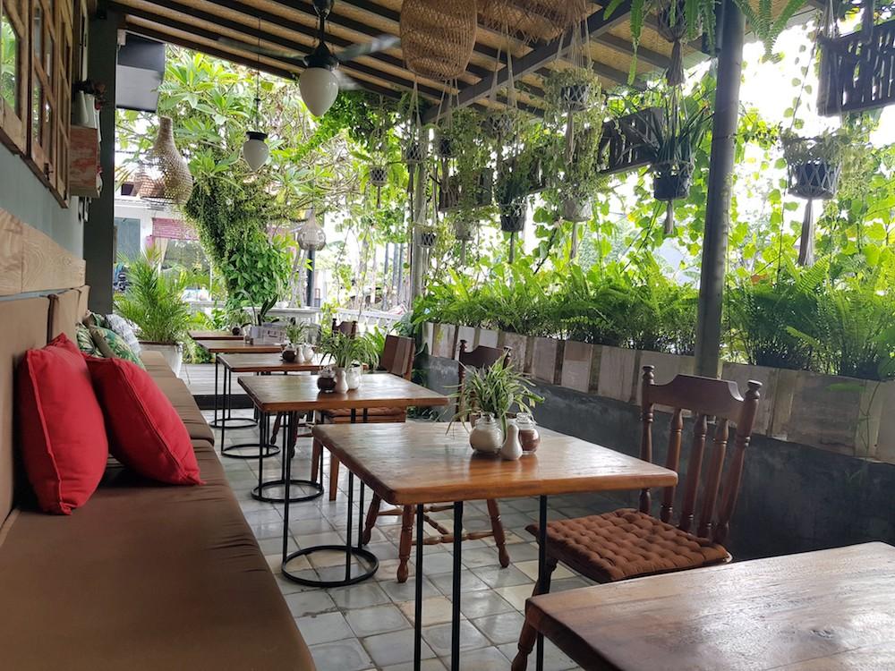 Pomelo-Cafe-Arbeiten