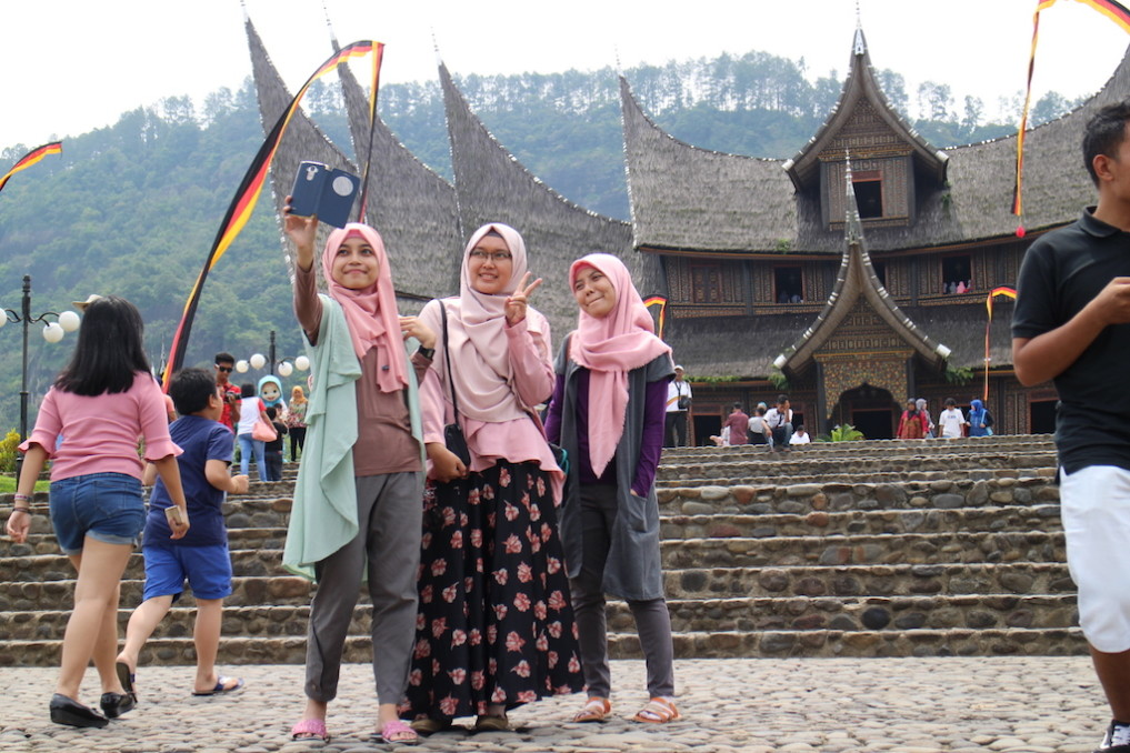 Posing Bukittinggi Kings Palace