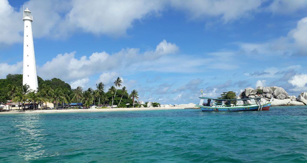 Pulau-Lengkuas-Belitung