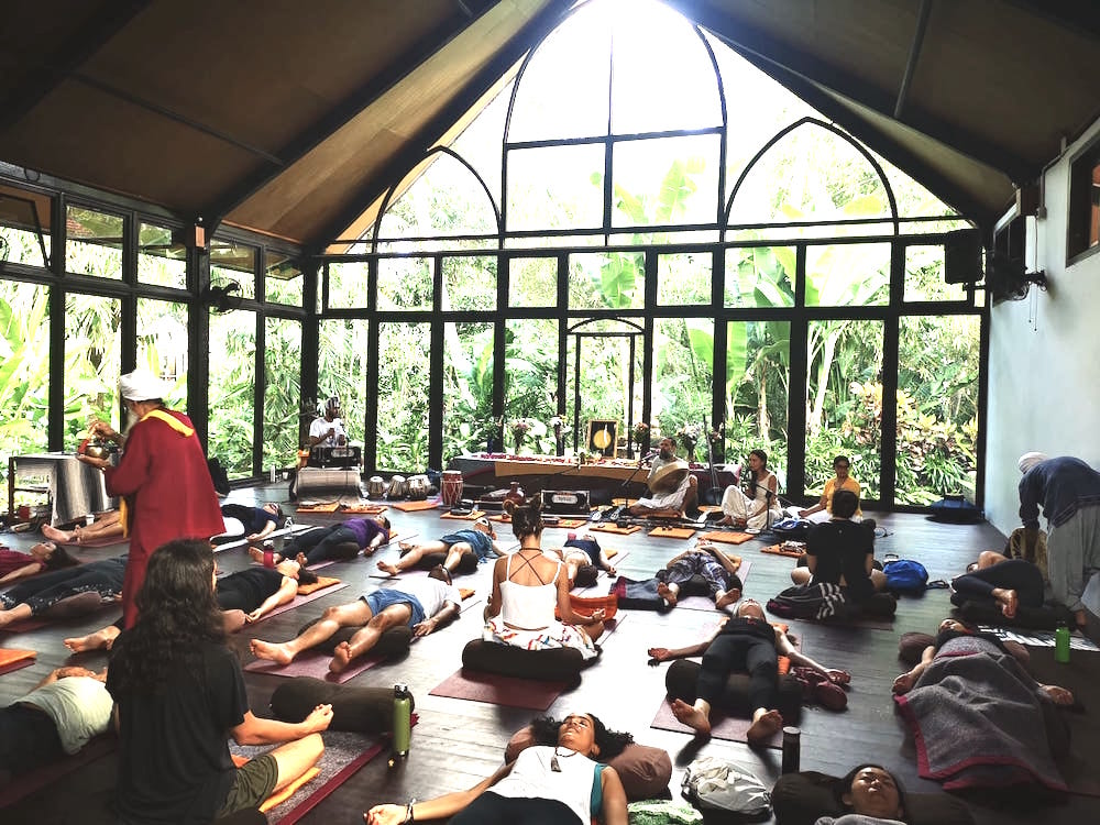 Meditation mit Punnu Wasu.