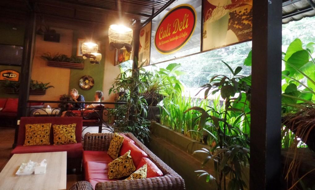 Restaurant-Jakarta-CaliDeli