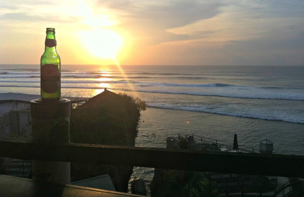 Surfen-Indonesien-Sunset-Bintang