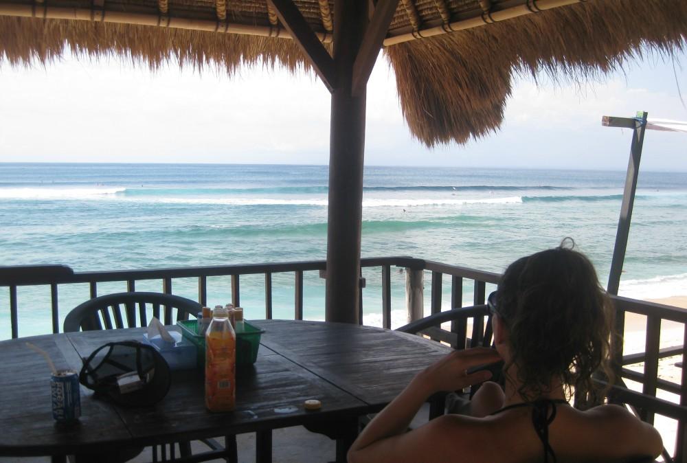 Surfen-Indonesien-Warung