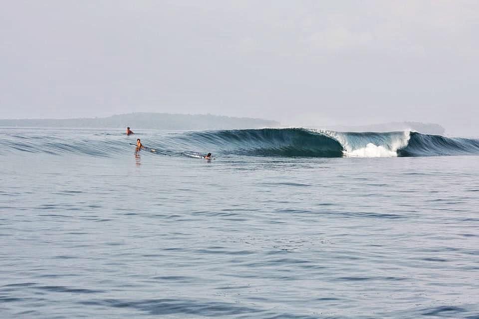 Surfing-Simeulue-Indonesia-1