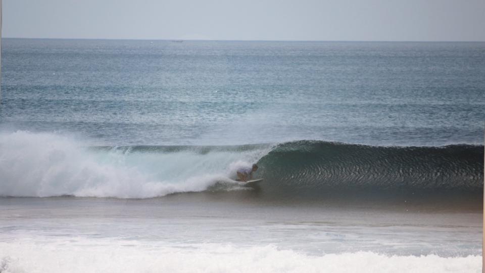 urlaub-indonesien-surfen