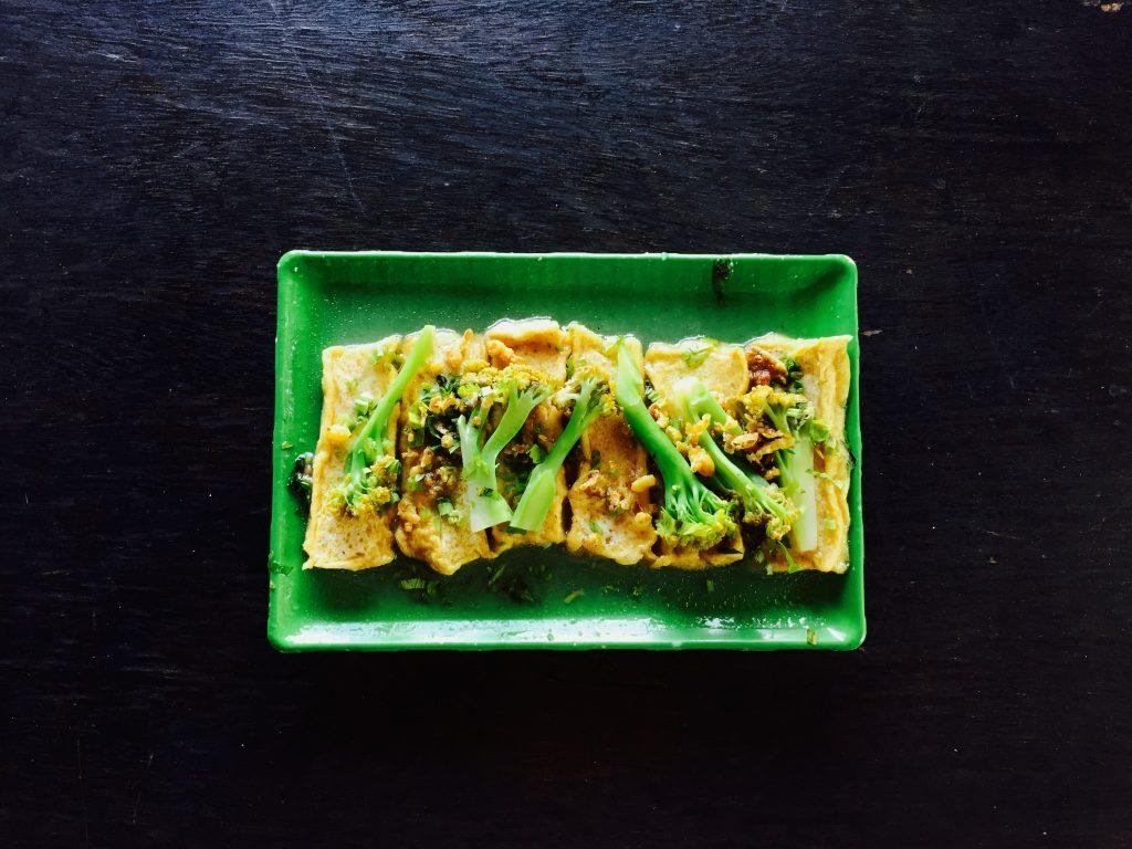 Vegetarier Indonesien Tofu Brokoli