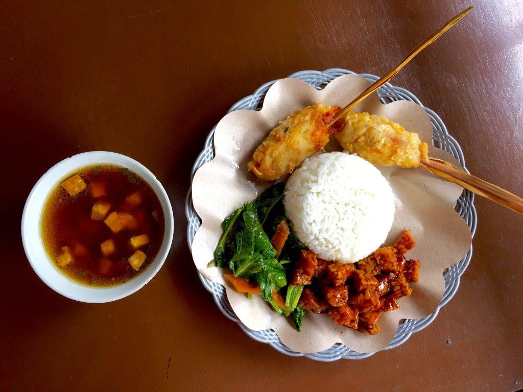 Vegetarier in Indonesien Nasi Kentucky